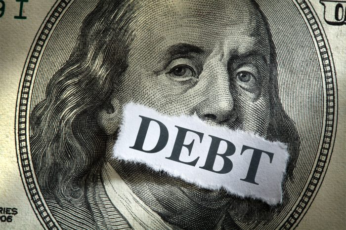 College Students Can Avoid Debt